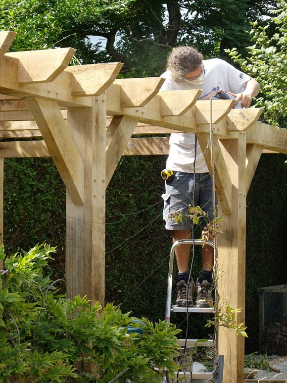 Oak pergola by Rob Rendall carpenter