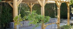 Bespoke oak pergola by Rob Rendall
